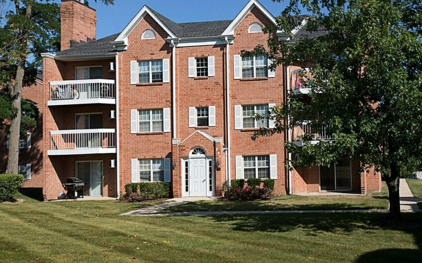 Steepleview Apartments – Itasca