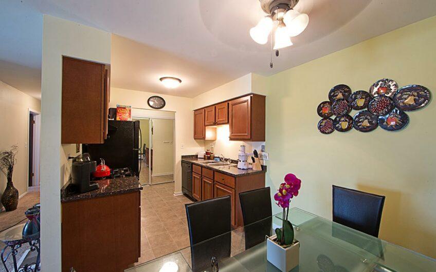 Lisle Place Apartments – Lisle