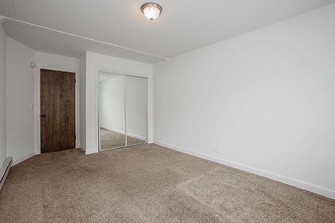 Dolores Place Apartments – Bensenville